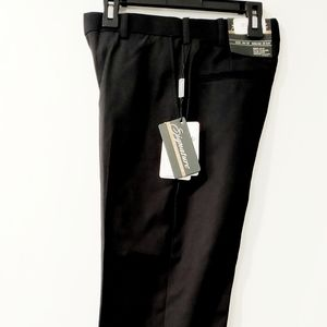 NWT Dress Pants By Signature Size 42 inseam 27